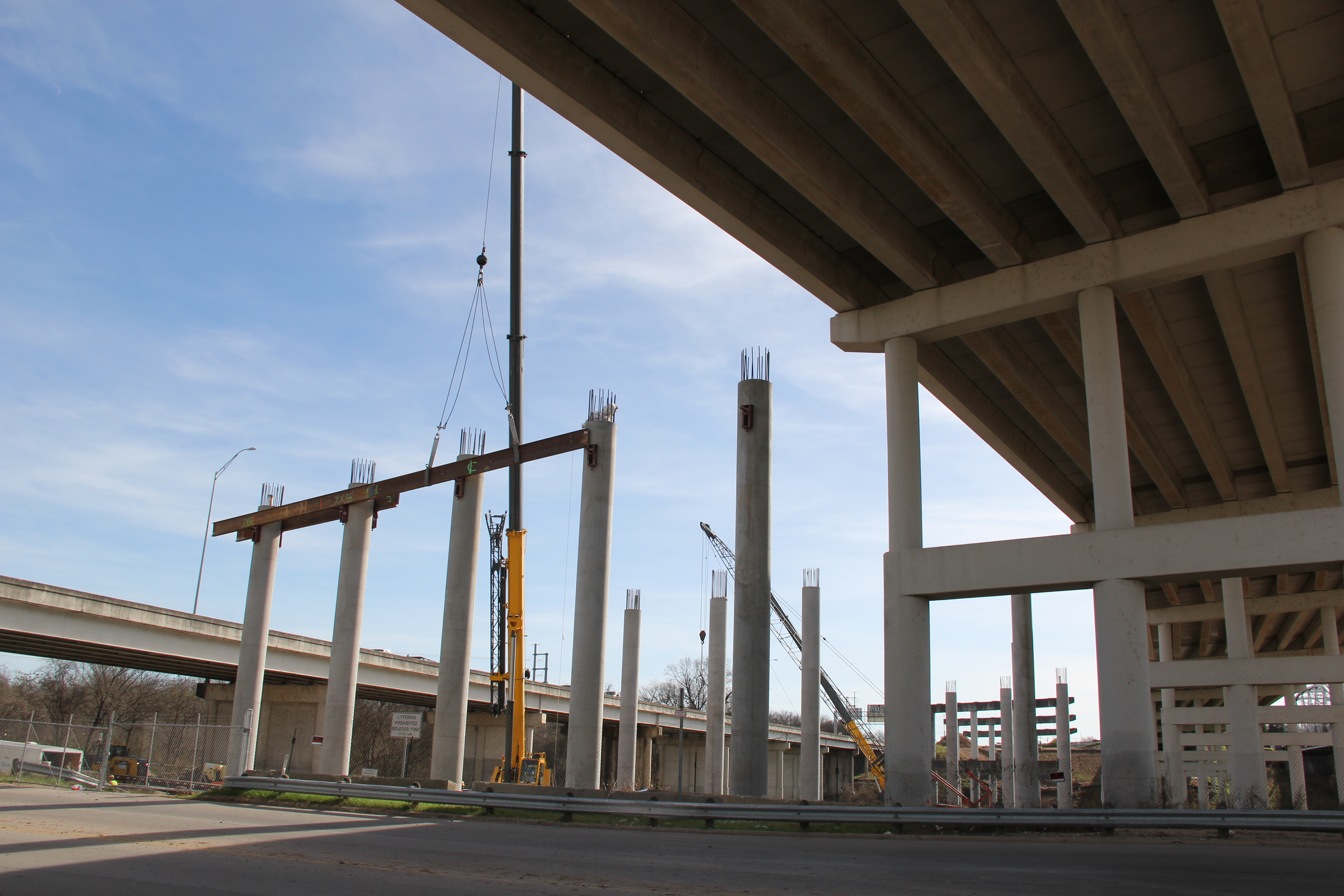 Bridge column construction at Colorado River crossing