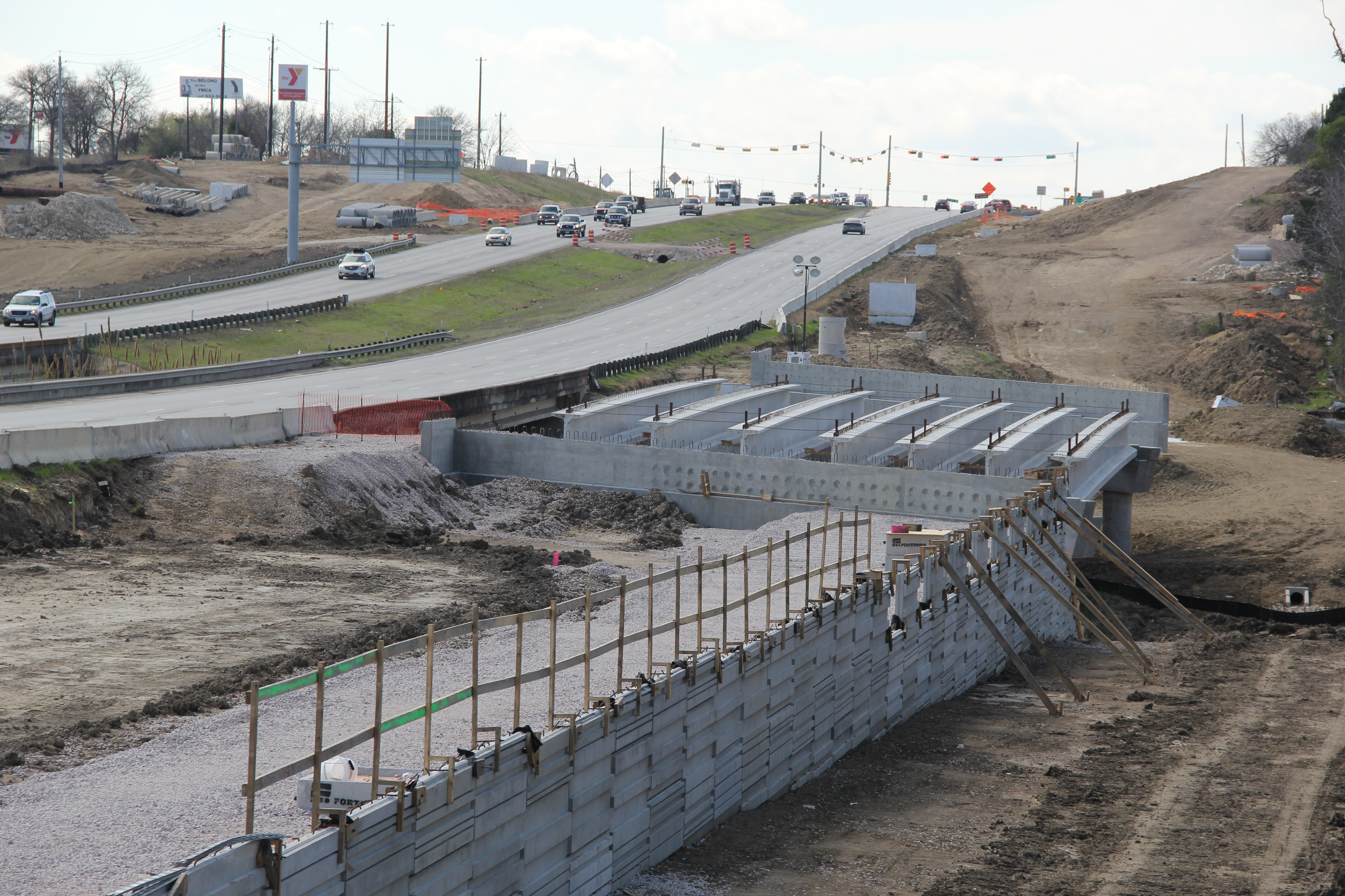 Constructing Approach to New US 183 Bridge over Little Walnut Creek