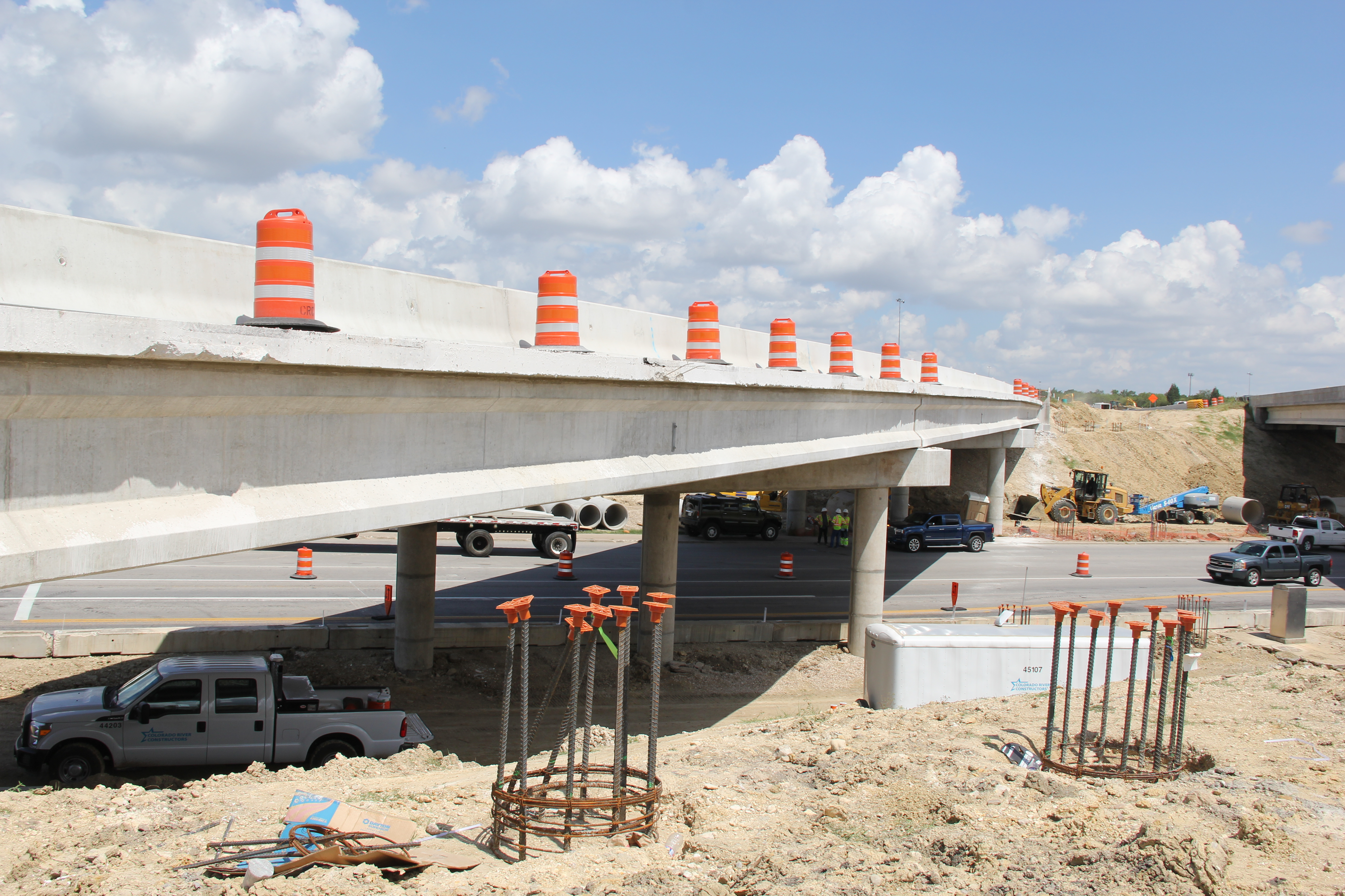 Bridge widening at Springdale/Manor Road crossing